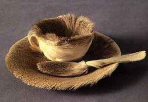 Meret Oppenheim, Fur covered breakfast (1936)