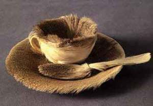 Meret Oppenheim, Fur covered breakfast (1936)
