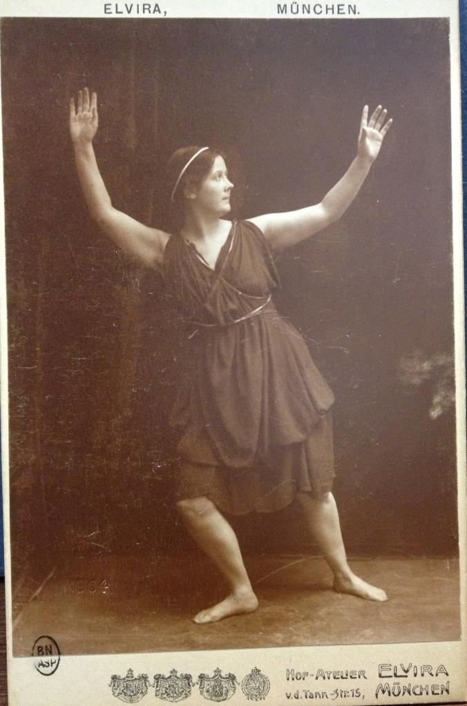 Isadora Duncan in Iphégenie, 1903/1904 Berlin
