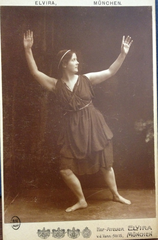 Isadora Duncan in Iphégenie, 1903/1904 Berlin